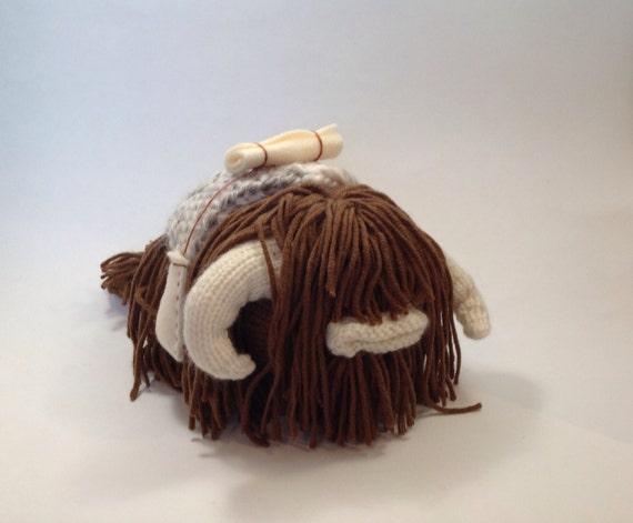 Star Wars Knitting Patterns Toys : Star wars bantha knitting pattern plush toy animal alien