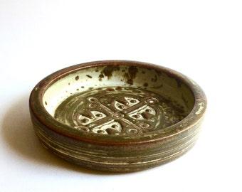 Royal Copenhagen, Jorgen Mogensen, D18 shallow bowl