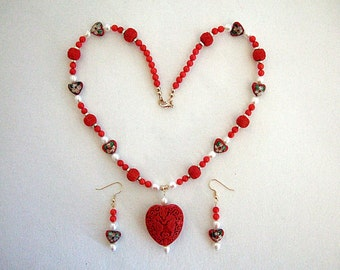Exquisite Red Heart Necklace Beautiful Red Coral Freshwater Pearls Gorgeous Charming Romantic Chinese Jewelry Unique Necklace Gift for Wife