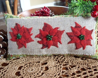 Poinsettia Christmas Shelf Pillow Tuck