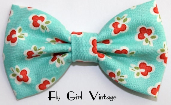Fabric Hair Bow Clip, Mint green hair bow, hairbow, bows for women, hair bows for teens, fabric hair bows, Rockabilly Pin Up Girls-1940's