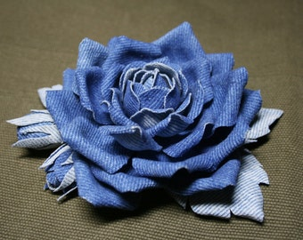 Blue denim roses brooch