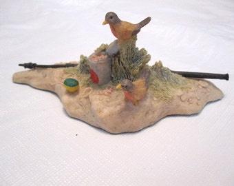 Easy Pickins Figurine by Lowell Davis 1986 Retired