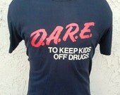 Vintage DARE To Keep Kids Off Drugs Black T-shirt size Large