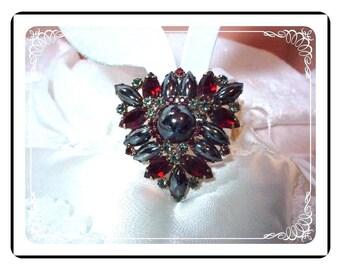 Sultry Siren Juliana - Red Black D&E Brooch plus Bonus Earrings    Demi-383a-010106025