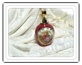Limogesl Vintage Perfume Bottle from Paris France - Scene on front of Fuchsia Pink Bottle PF1586a-032313000