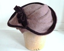 Lush Mauve Beaver Felt Saucer Fascinator- 1930's Style Hat For Women With Aubergine Trim