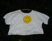 Vintage 90's Smiley Face Hipster Grunge Crop Top Cotton T- Shirt Size Small/Medium