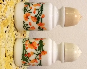 MIlkglass Vintage Set of 2 Salt and Pepper Shakers -