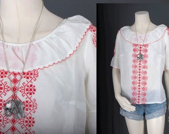 Vintage Peasant blouse white red embroidery Bohemian Gypsy Hippie vintage women size S Small