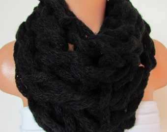 On Sale Black Loop  Scarf,Neckwarmer Circle Scarf,Cowl, Winter Accessories, Fall Fashion,Holiday Accossories,Chunky Scarf.