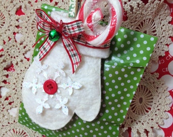 Glassine gift bag with mitten ornament