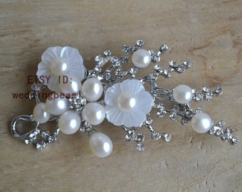Ivory pearl brooch,or white pearl brooch, 5-7mm ivory Pearl shell flower brooch,freshwater pearl brooch, bride brooch ,wedding brooch