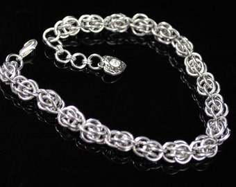 Silver Chainmaille Bracelet, Sweet Pea