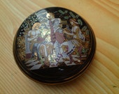 Spicy Homemade Solid Perfume in Black figure porcelain.