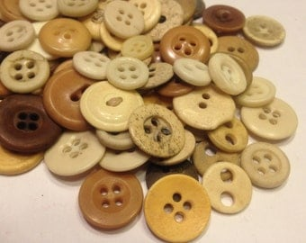10 piece vintage assorted bone button mix, 10-15 mm (B8)