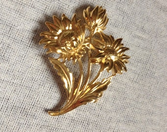 Vintage Goldtone Floral Pin/Brooch