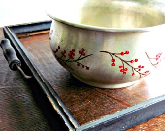Vintage Aluminum Bowl, Branches Red Berries, Vintage Silver Bowl, Retro Bowl, Decorated Bowl, Serving Bowl, Winter Decor, Vintage Home Decor