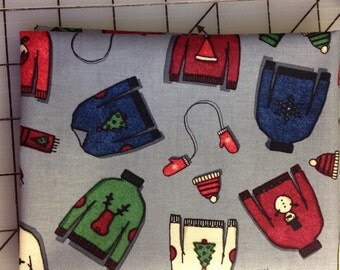 Dear Stella - Tinsel Town - Sweaters 1 Fat Quarter - Stella 308 gray background with holiday sweaters and mittens