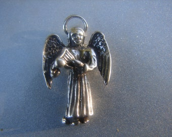 Sterling Silver Angel Pendant with Harp 814.