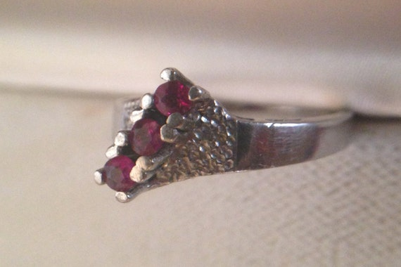 Vintage Mid Century Sterling Silver Genuine Ruby Ring, 3 stone round engagement ring size 6.5