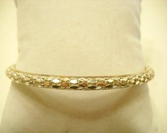 Vintage Silver Tone Braided Bangle Bracelet (8749**)