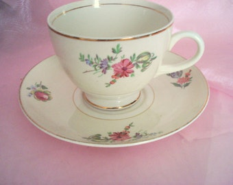 Vintage Teacup Homer Laughlin Household Institute Priscilla Eggshell Nautilus Floral Cottage Chic