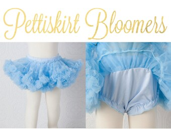 Pettiskirt Bloomer - Sky Blue -Newborn Pettiskirt Bloomers Baby Blue light blue all in one  bloomer attached to petti skirt