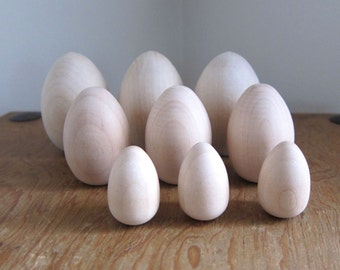 Wooden Egg Set - Wood Easter Eggs in 3 Different Sizes