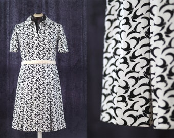 L - French Vintage Handsewn dress,  60', bird print