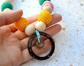 Teething necklace with ring, Mommy bead, Nursing necklace, Coconut ring, Crochet Necklace, Ecofriendly, READY TO SHIP, Multicolor colorful