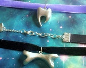 Tooth and bone silver alien pastel choker