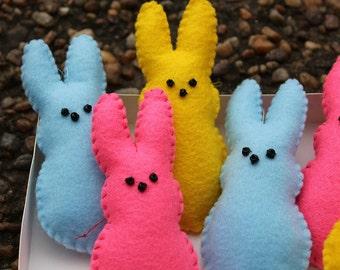 Peep ornaments-Handmade felt peeps-Easter ornaments-Peep bunnies-Set of 6 peeps-Felt candy-Felt food-Holiday decor-Easter decor