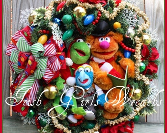 MADE TO ORDER Muppet Very Merry Christmas Wreath, Kermit, Gonzo, Fozzie Bear, Pre-lit, Vintage inspired, Classic, popcorn Garland