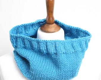 Super chunky handmade knitting cowl, chunky elegant scarf,  Knitting Neck Warmer Cowl, men and women soft cowl