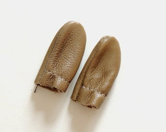 LEATHER FINGER GUARDS for Needle Felting / leather finger cots / leather finger protectors / needle felting finger guards