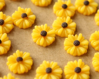 20 pc. Yellow Two-Tone Daisy Flower Cabochons 13mm | RES-420