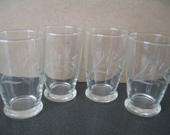 Vintage Juice Glasses, Set of Four With Frosted Flower Design