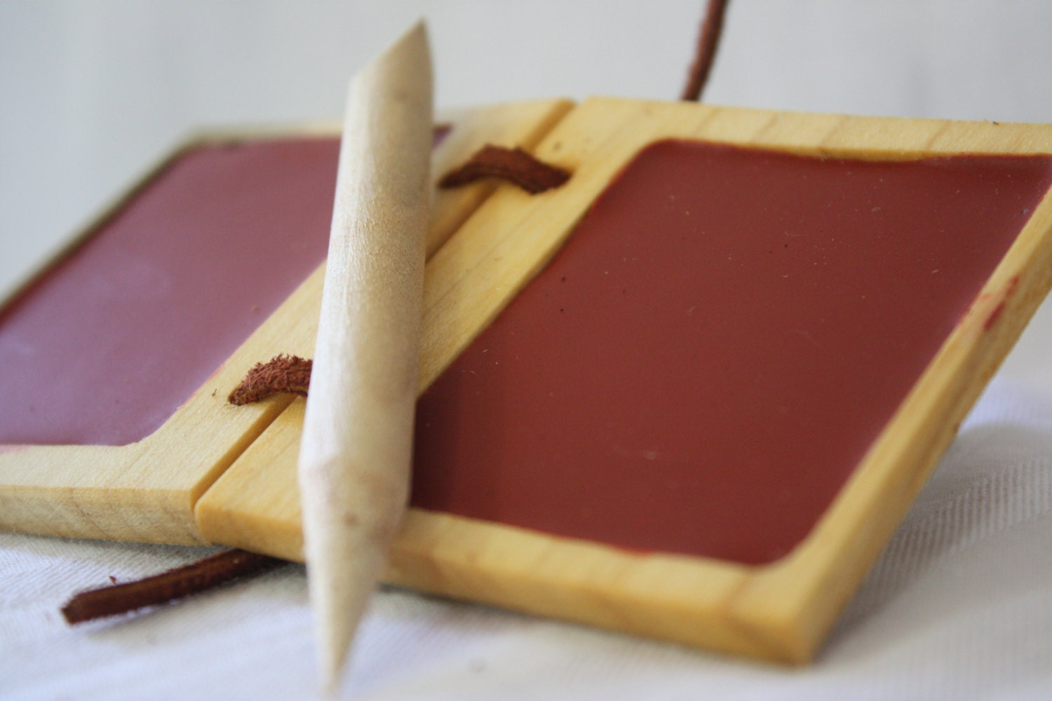 how to use a wax tablet