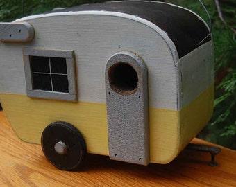 Trailer Birdhouse - Shasta Bird house - Yellow/White Camper Birdhouse