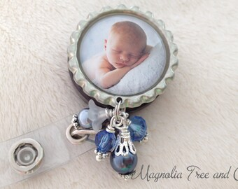 PERSONALIZED ID Tag, Badge ID Reel, Bottle Cap Charm Lanyard Photo, Pull Id Clip, Medical Id Badge Holder, Custom Photo