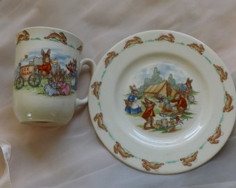 """Here comes Peter Cottontail"""" Perfect Gift Children Dish Set Bunnykins by Royal Doulton [L29]"""