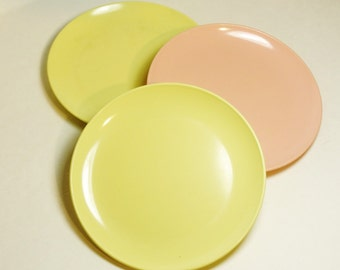 Set of 3 Ovation by Westinghouse Melmac Salad/Sandwich Plates