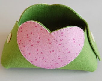Compartment, green, felt,handmade, pink heart,home, house,gift