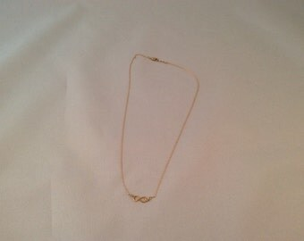 Infinity loop necklace