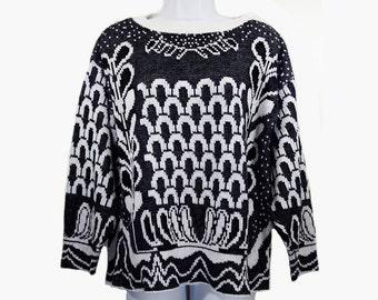 10 Dollar Sale---Vintage 80's Black & White Slouchy Sweater