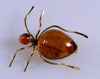 Vintage Russian Baltic Honey Amber Gold Tone Ant Pin Brooch Figural
