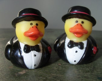 Vintage Gay Rubber Duck Ducky Couple Wedding Reception Cake Topper Decoration Table Groom Men