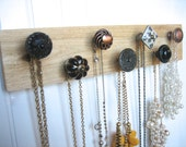 Jewelry Storage Organization with Seven Knobs