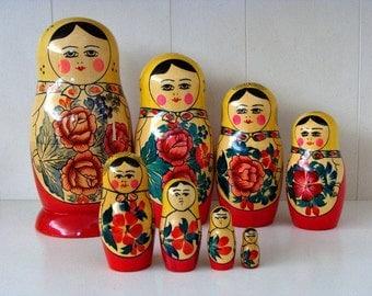 USSR Matryoshka 8 Pc Set Nesting Stacking Dolls